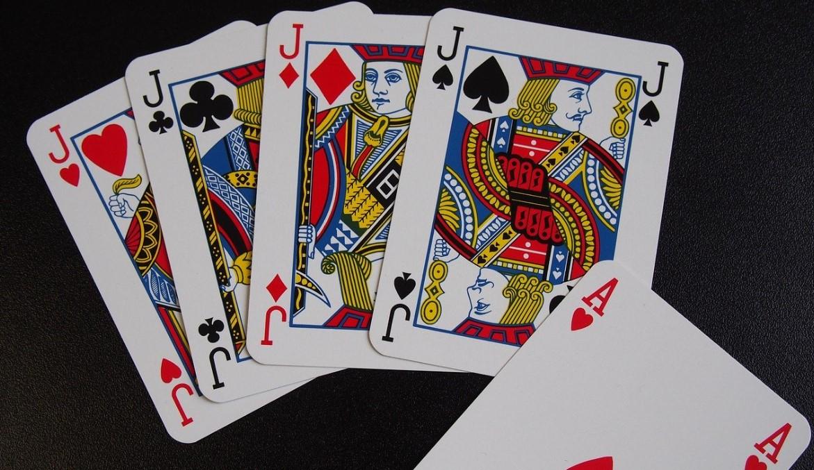 Manos del poker. Poker