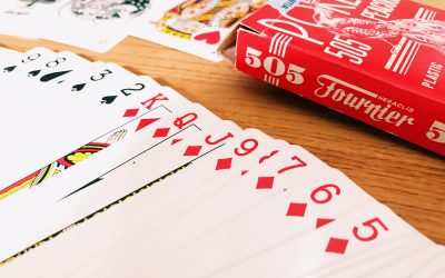 Cómo se hacen y cómo son las barajas de poker